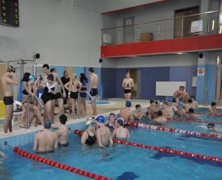 Podtrzymali pływackie tradycje