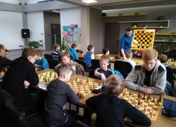W czasie ferii grali w szachy