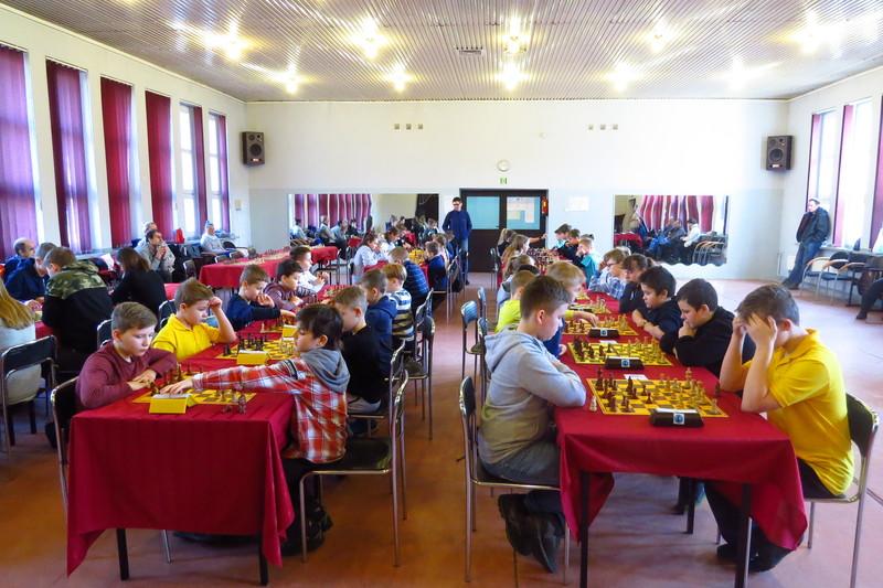 II Turniej Szachowy dla dzieci i młodzieży w MDK-u