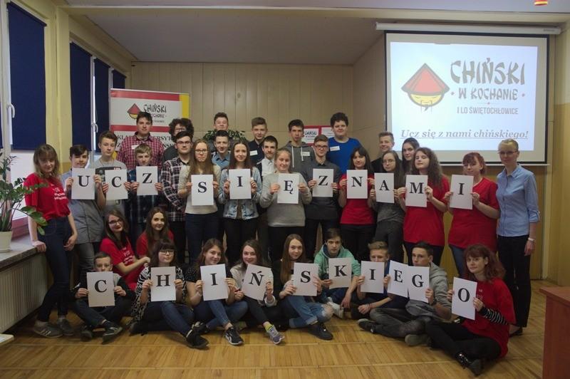 Uczniowie zachęcają do nauki chińskiego