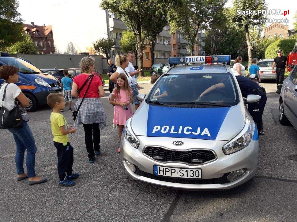 Policjanci na Lipińskim Dniu Sąsiada