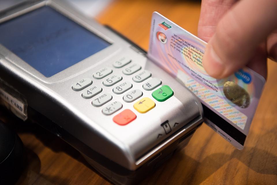 Pamiętaj - płatność cudzą kartą to kradzież z włamaniem