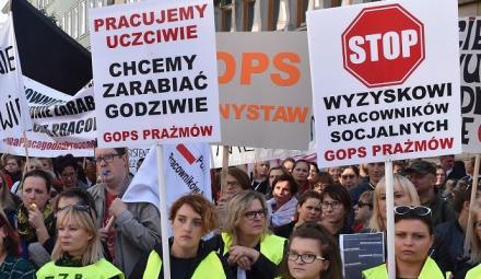 Nie będą wypłacali 500+? Pracownicy MOPS szykują się do strajku!