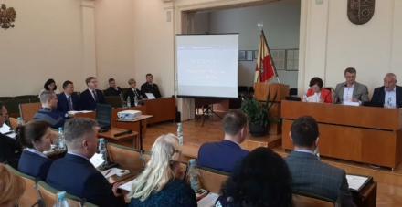 Na żywo: sesja Rady Miasta - m.in. stan bezpieczeństwa miasta, skarga na decyzje wojewody