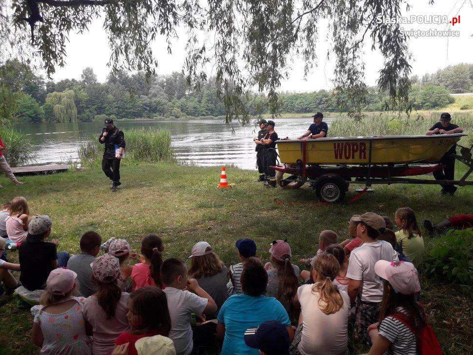Lekcja o bezpieczeństwie nad wodą