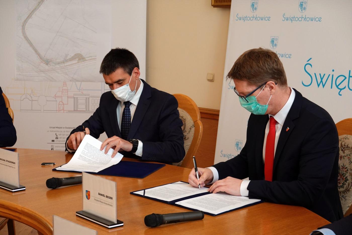 Świętochłowice: Podpisanie umowy na przebudowę ul. Przemysłowej
