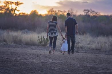 Złóż wniosek o ustalenie zasiłku rodzinnego